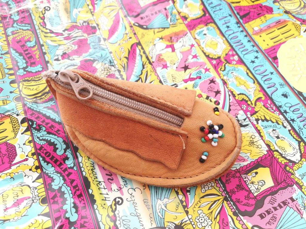 USA製の鹿革財布