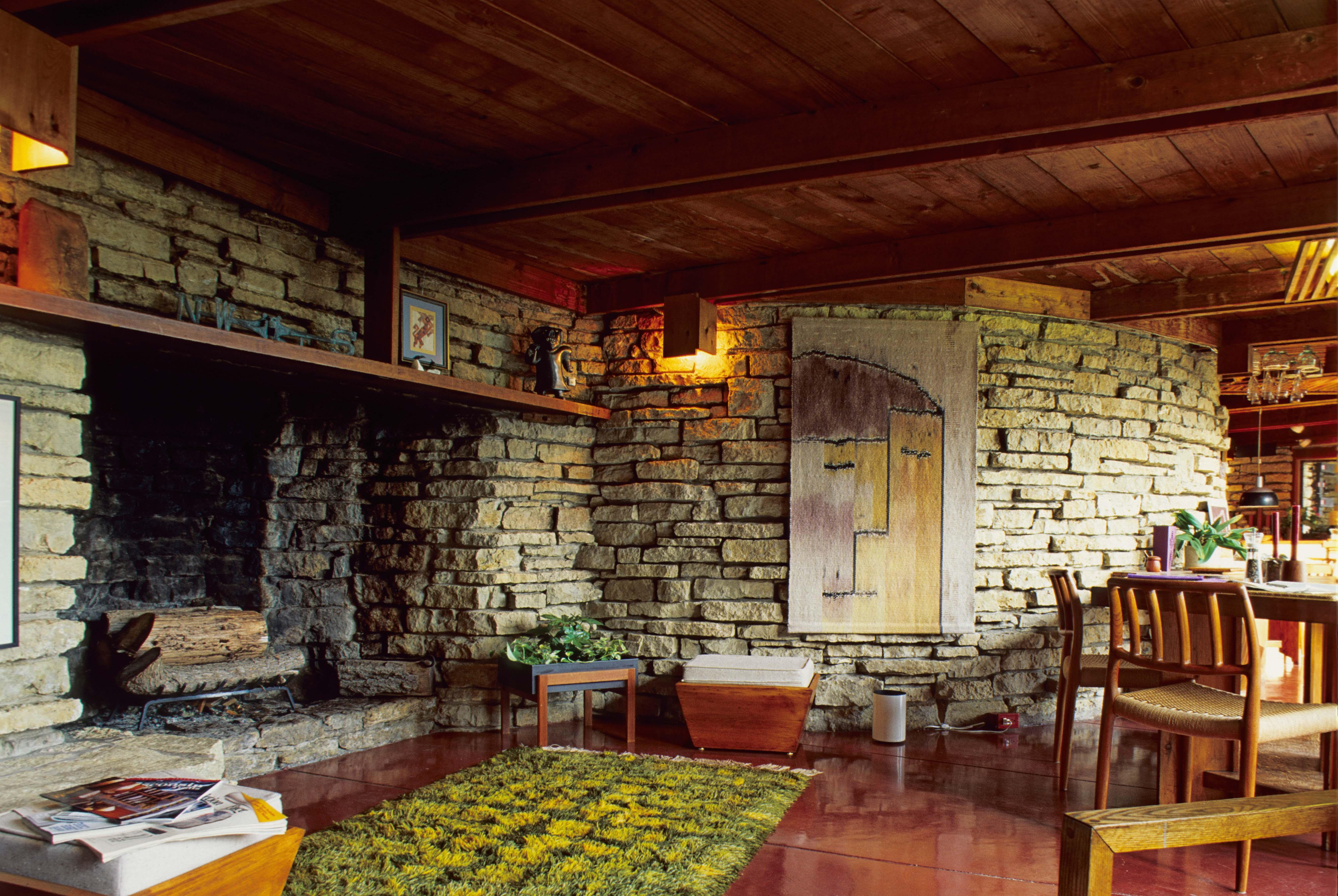 ジェイコブ邸の暖炉