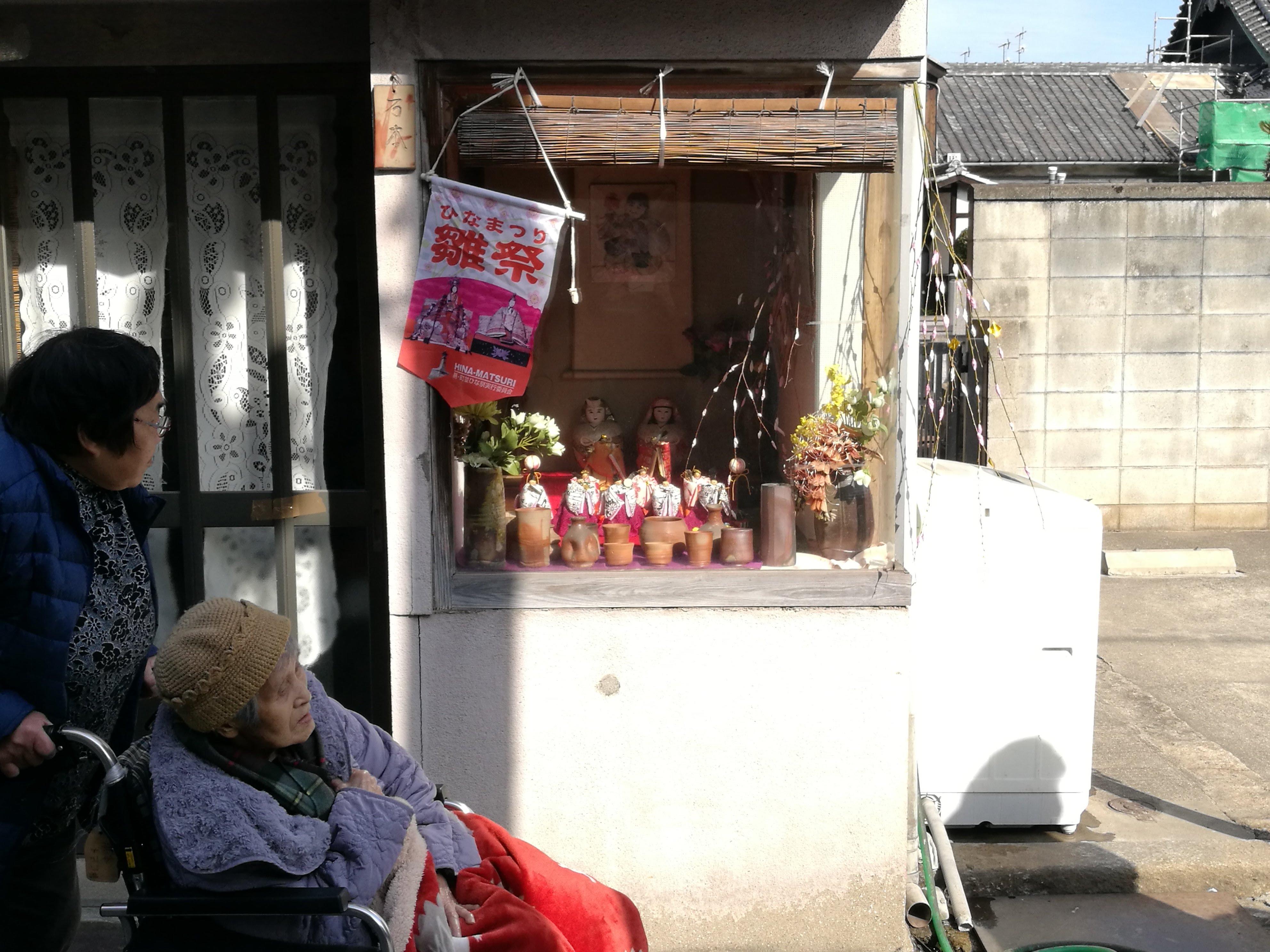 鞆・町並ひな祭、手作り雛