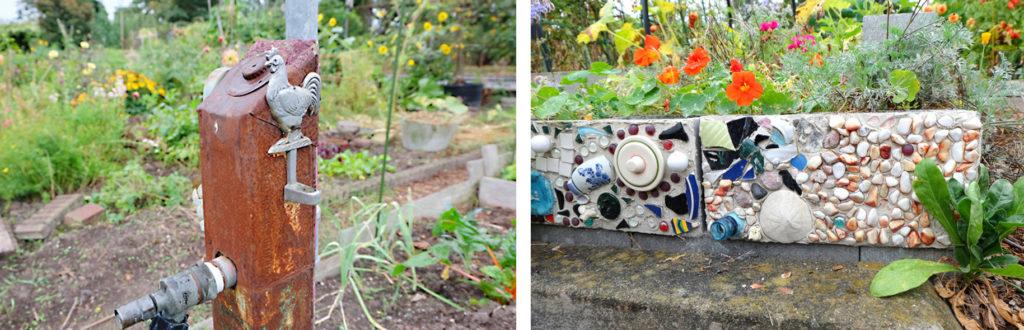 ピーパッチプロジェクトの農具やキッチンツール。風見鶏や貝殻で飾られている。