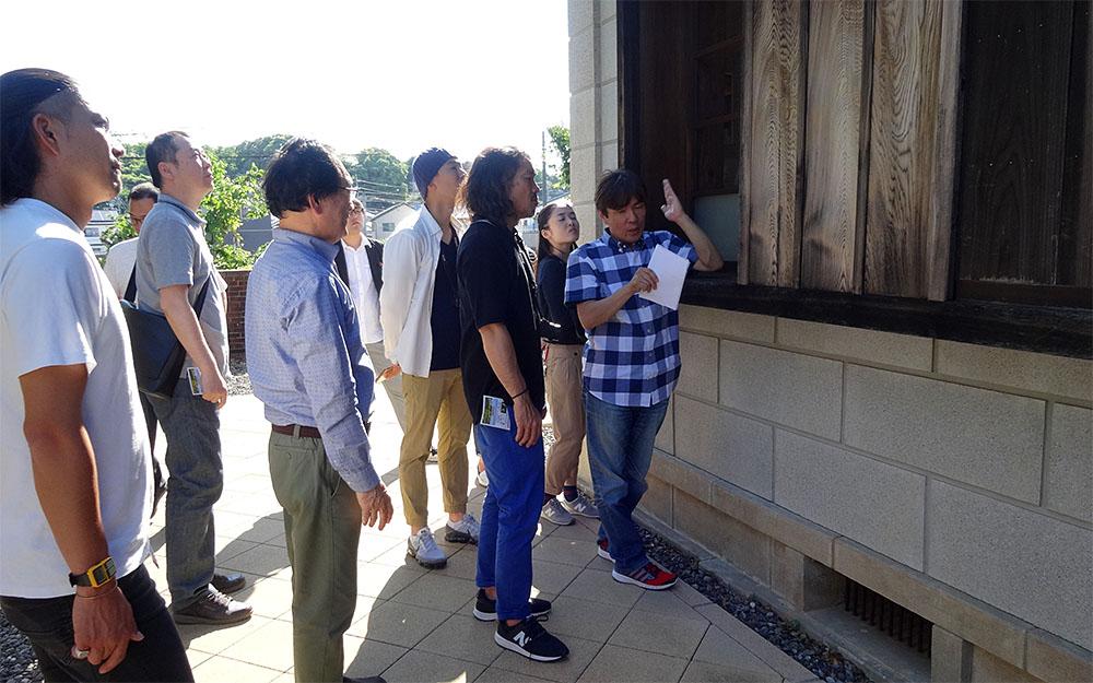 旧赤松家(磐田市)には特徴的な雨戸が