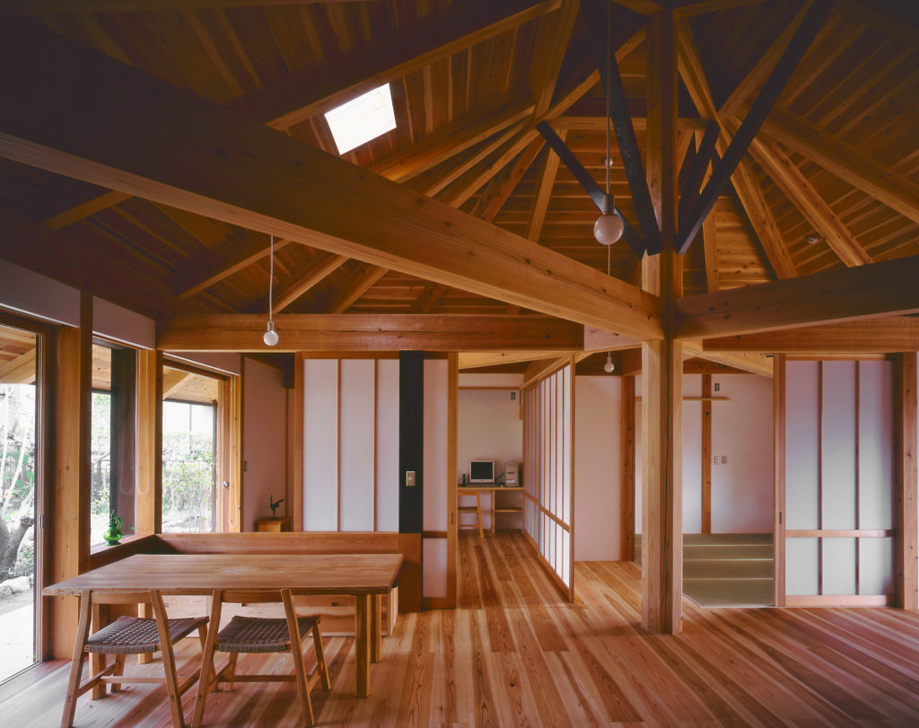 Ms建築設計事務所三澤文子設計の傘の家リビング