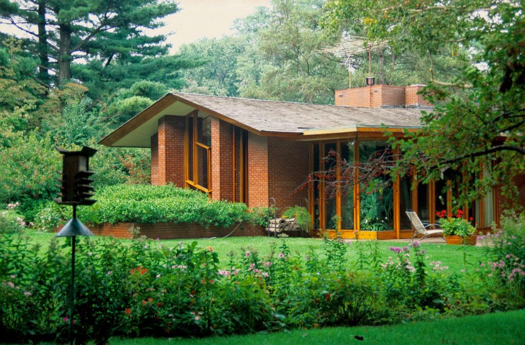 フランクロイドライト設計Mossberg邸の外観
