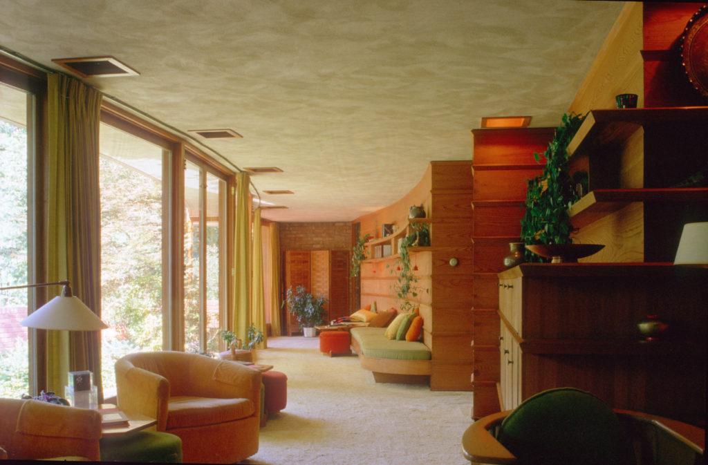 湾曲したバリアーフリー住宅 Laurent邸(1949)