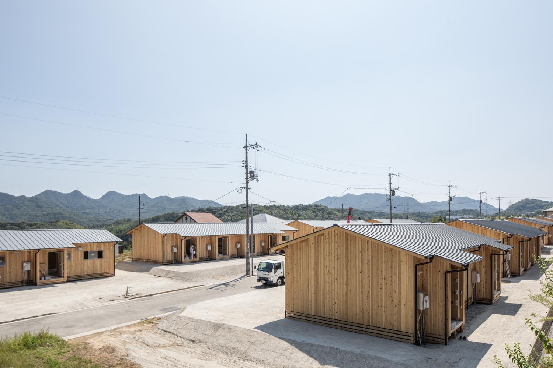 全戸平屋で風通しの良い木造の仮設住宅