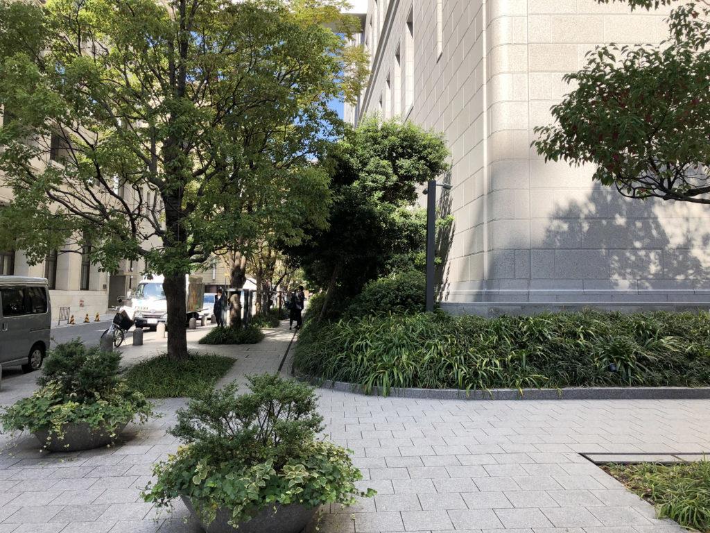 淀屋橋駅近くの交差点