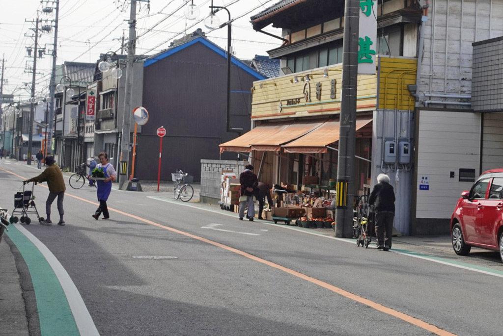 愛知県のにぎわう商店