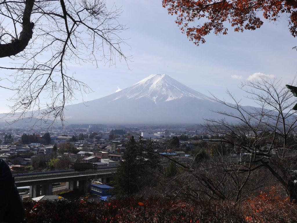 富士山と神社を巡る旅山梨県富士吉田市 滝口建築