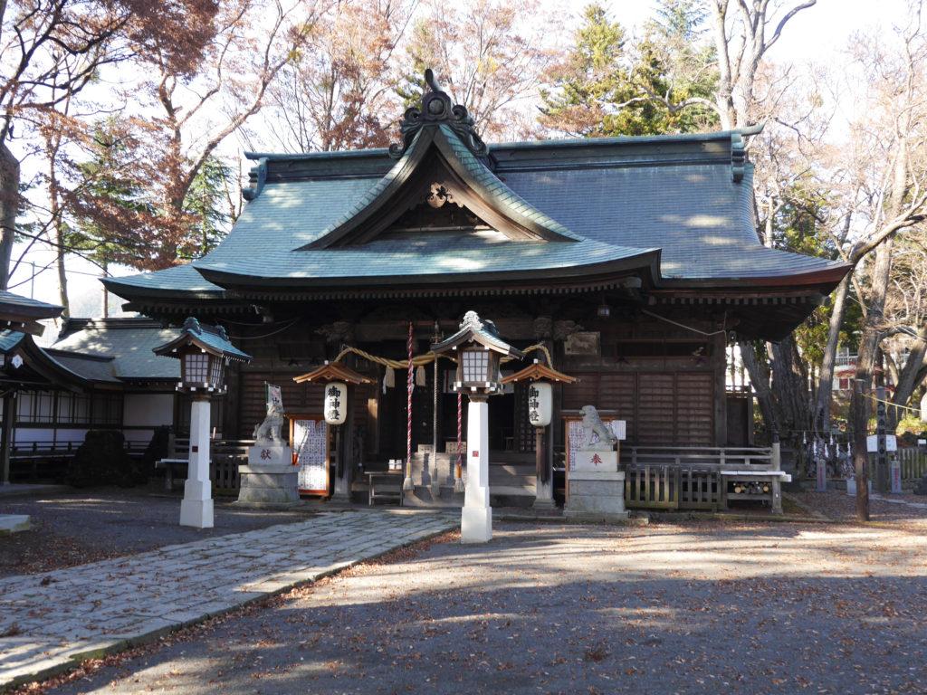 小室浅間神社の境内