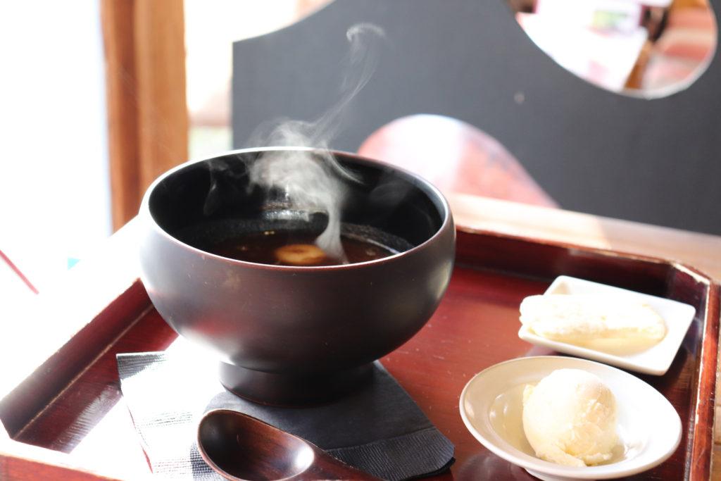 武家屋敷をそのまま活かした和カフェ蒲生茶廊zenzai