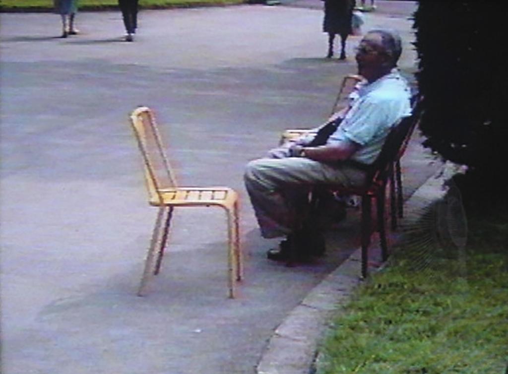 ぐるり雑考 公園 椅子