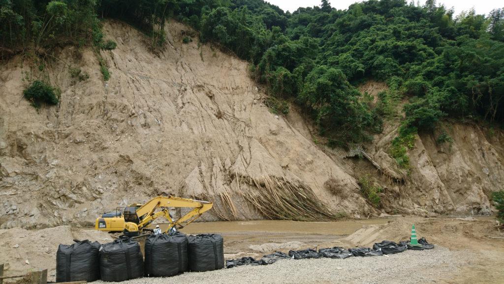 九州北部豪雨災害での土砂崩れ