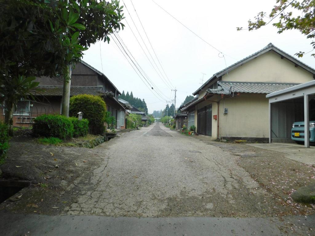 肥後街道の石畳街道入り口