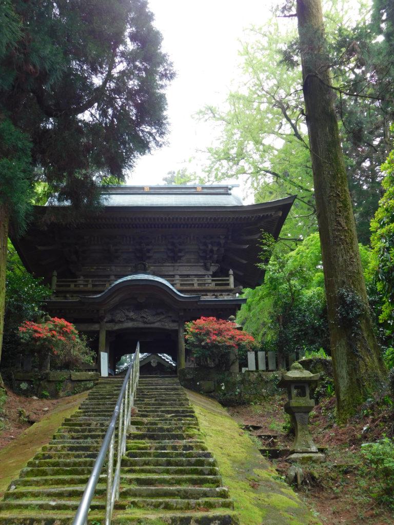 大分市丸山八幡神社の楼門