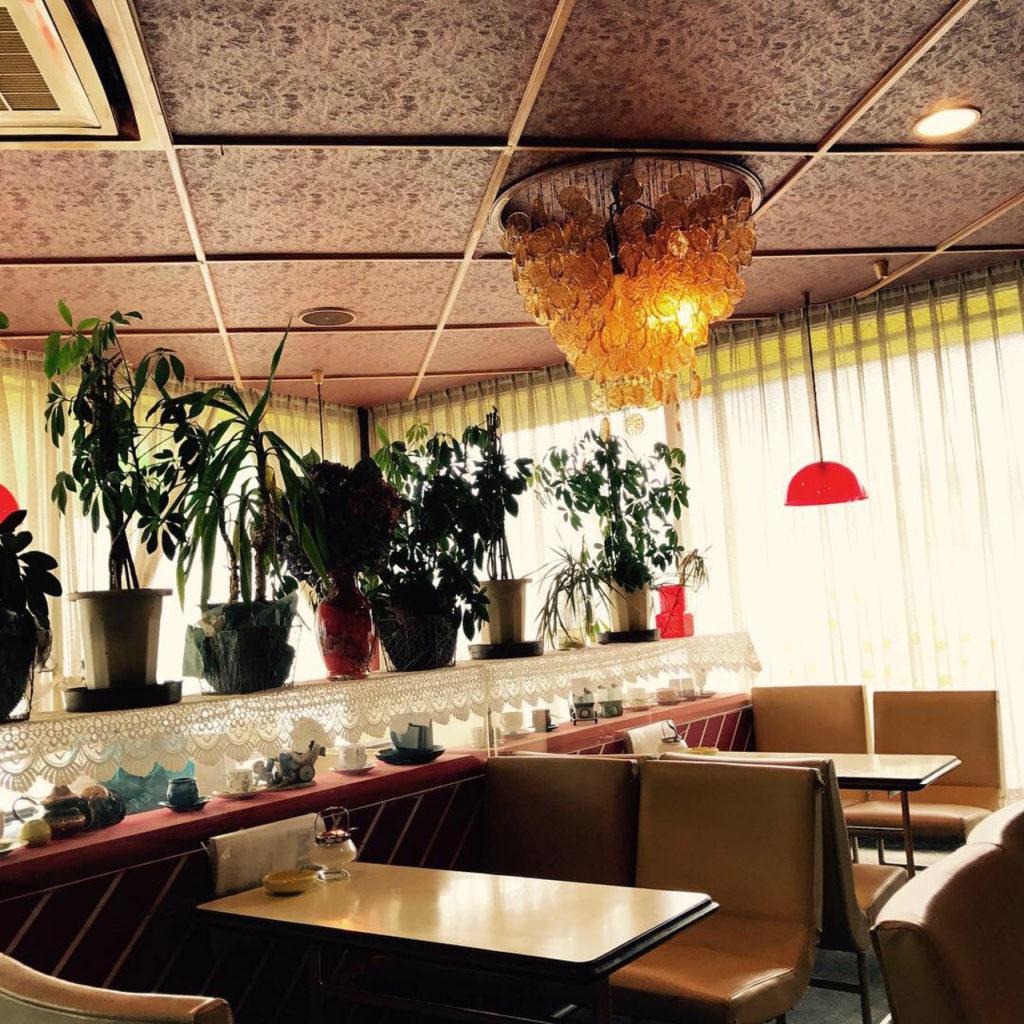 昔ながらの喫茶店サンレモン店内
