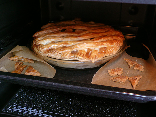 オーブンの中のアップルパイ