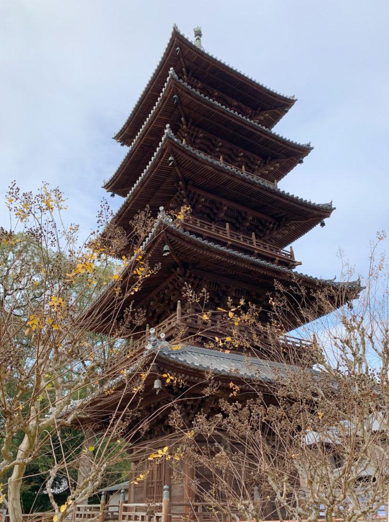 本山寺の五重の塔