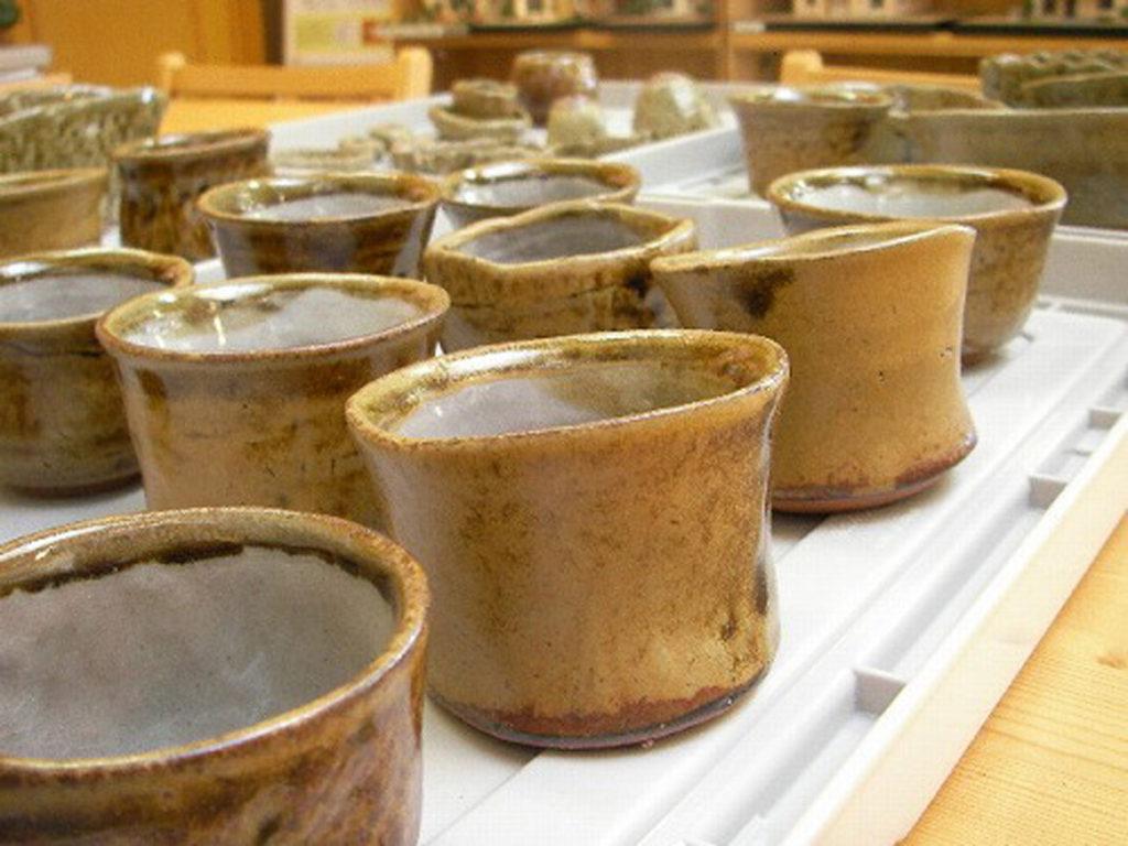 遠州七窯志戸呂焼の湯飲みがたくさん