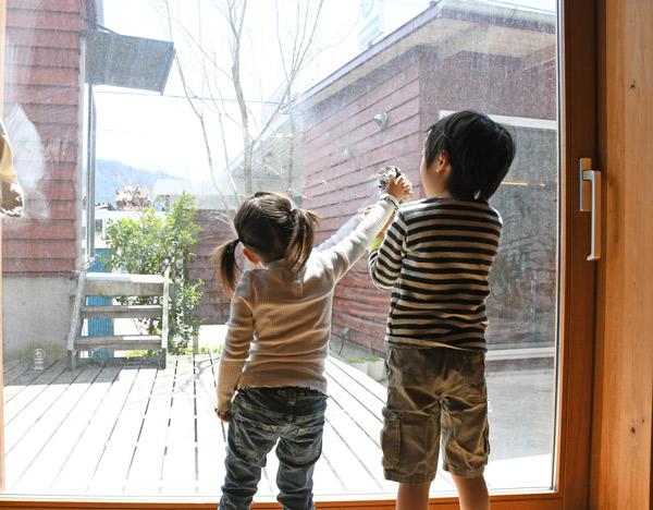 窓拭きのお手伝い