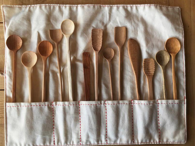 木の手作りスプーン