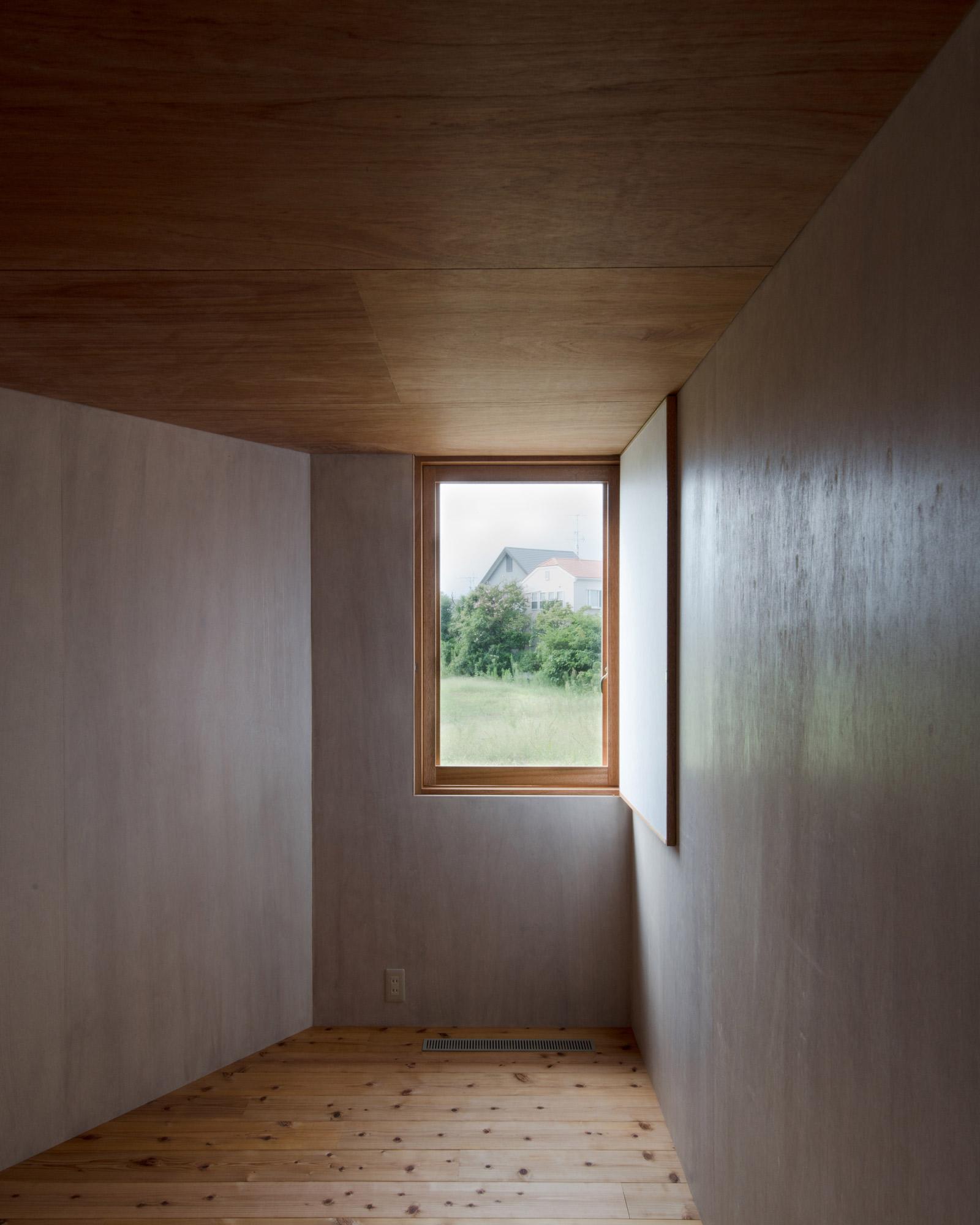斜め壁面の部屋