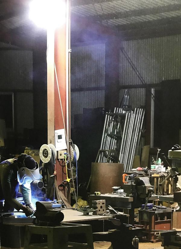 薪ストーブ工場