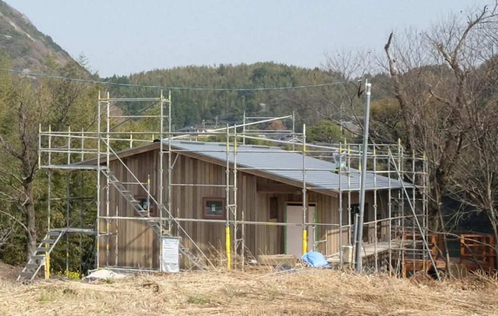 庄内コミュニティに新しく建築中の家