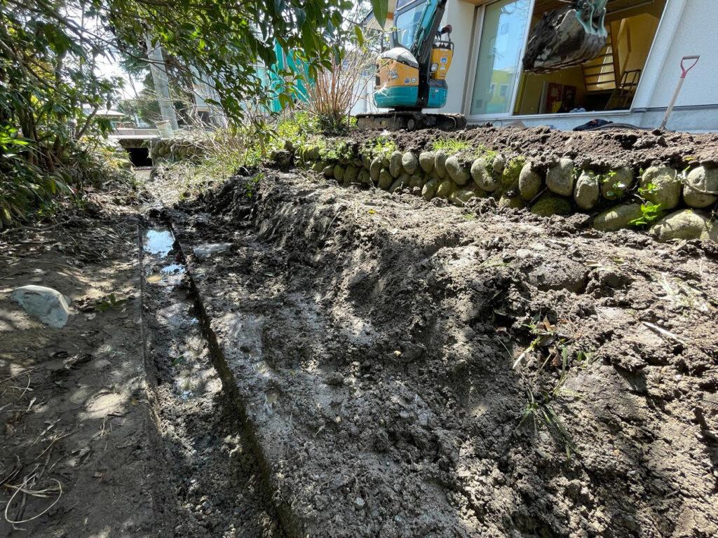 小川の掃除